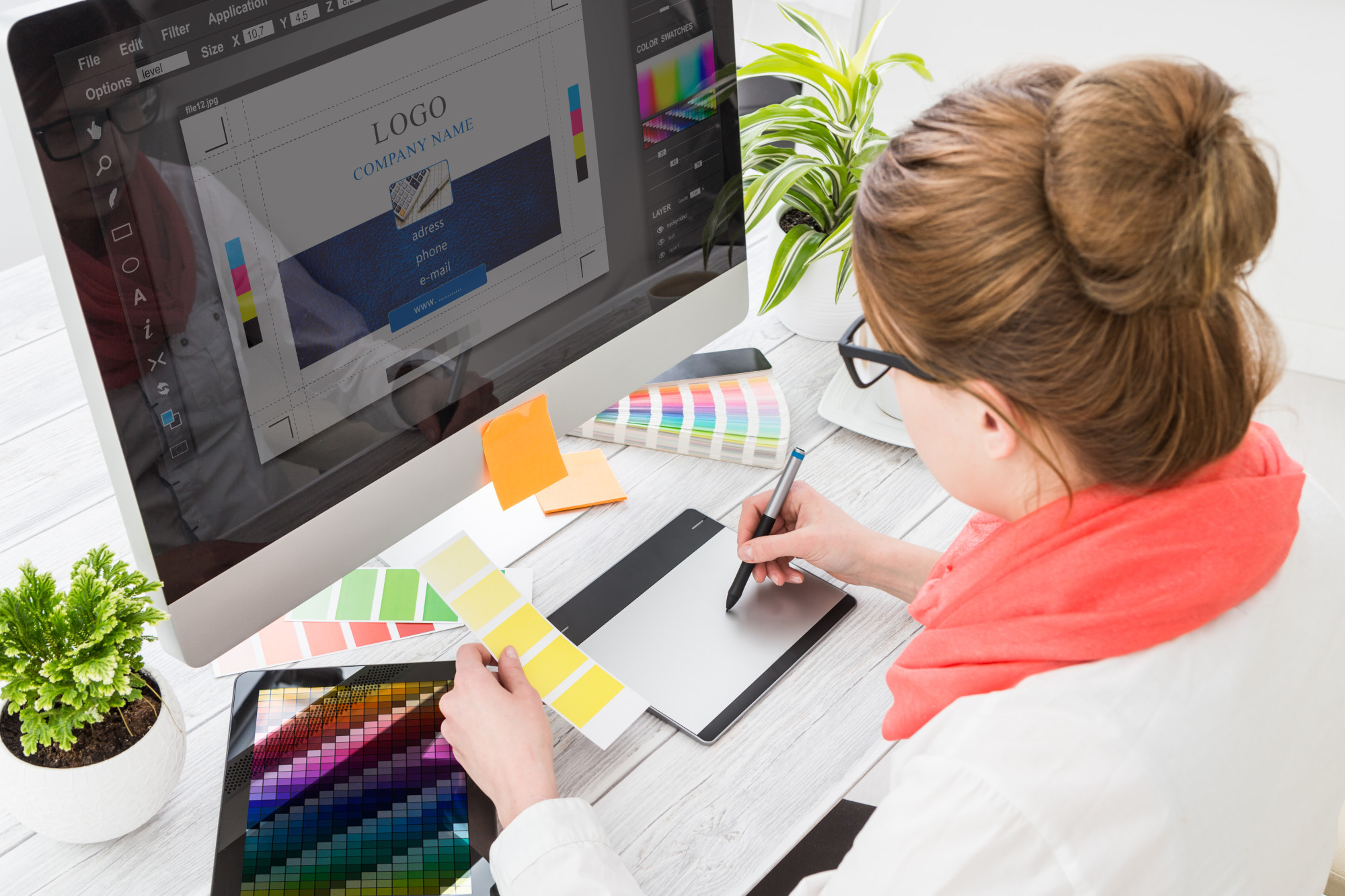 Don't DIY a Design: 5 Reasons You Should Outsource Graphic Designers